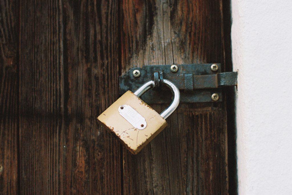 veiligheid begint bij jezelf, hangslot