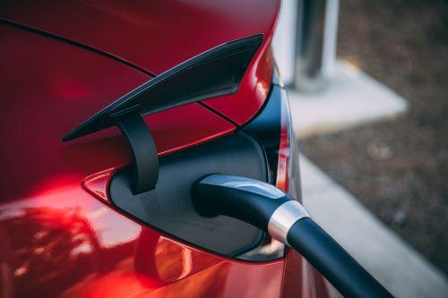 Diefstal laadkabels Tesla Model 3